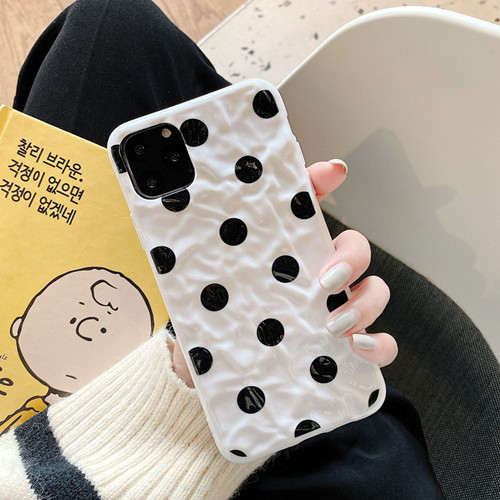 Wavy Spots Liquid Silicone Rubber Shockproof Case For iPhone 11 Pro
